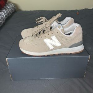 New Balance sneakers! 👟